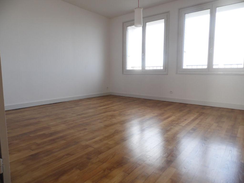 T2 - VUE MER -  49 m2