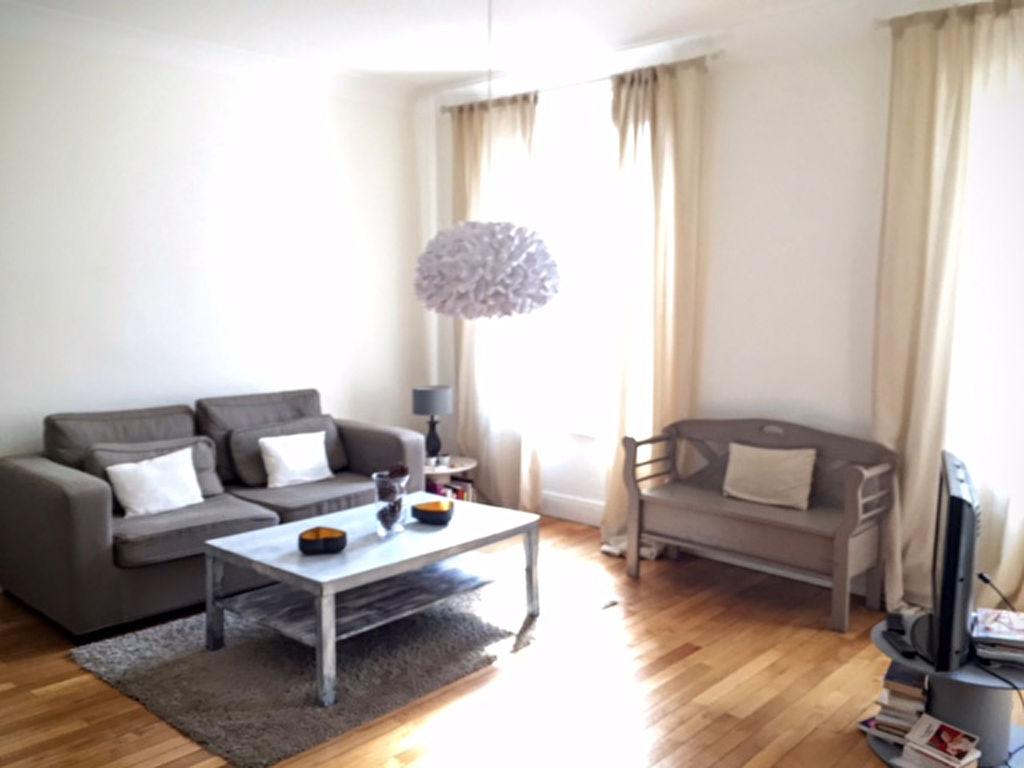 T2 - RUE DU CHATEAU - 60 m2