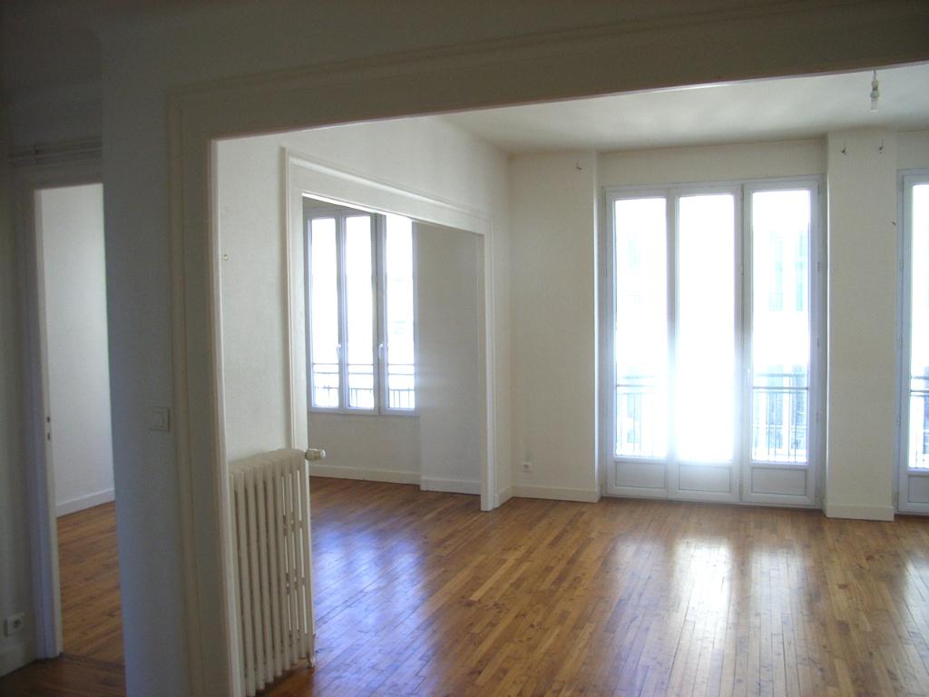 T4 - RUE DE LYON - 78 m2