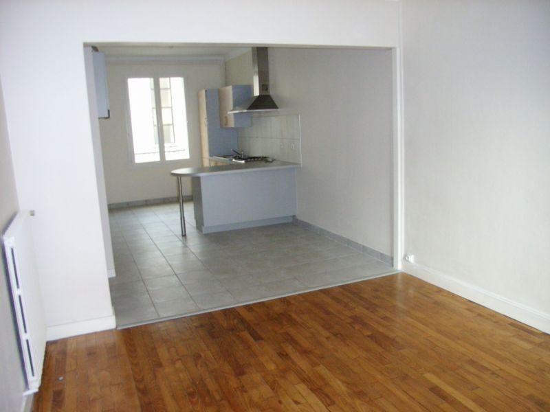 T2 - RUE D'AIGUILLON - 55 m2