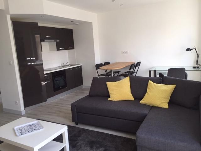 T2 MEUBLE - RUE KERAVEL - 44.87 m2