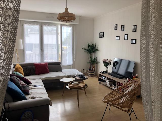 T3 MEUBLE ASCENSEUR - RUE LOSTALLEN - 61.9 m2