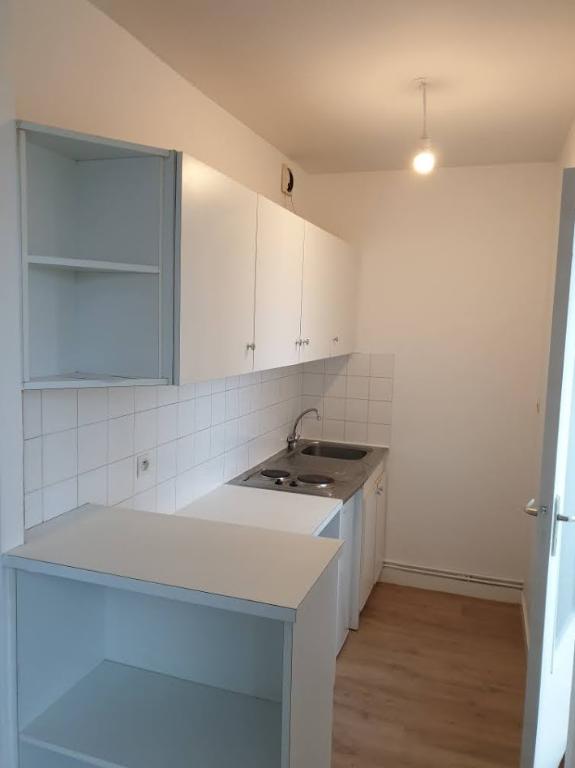 T1 BIS - AVENUE DE KERBONNE - 40.42 m2