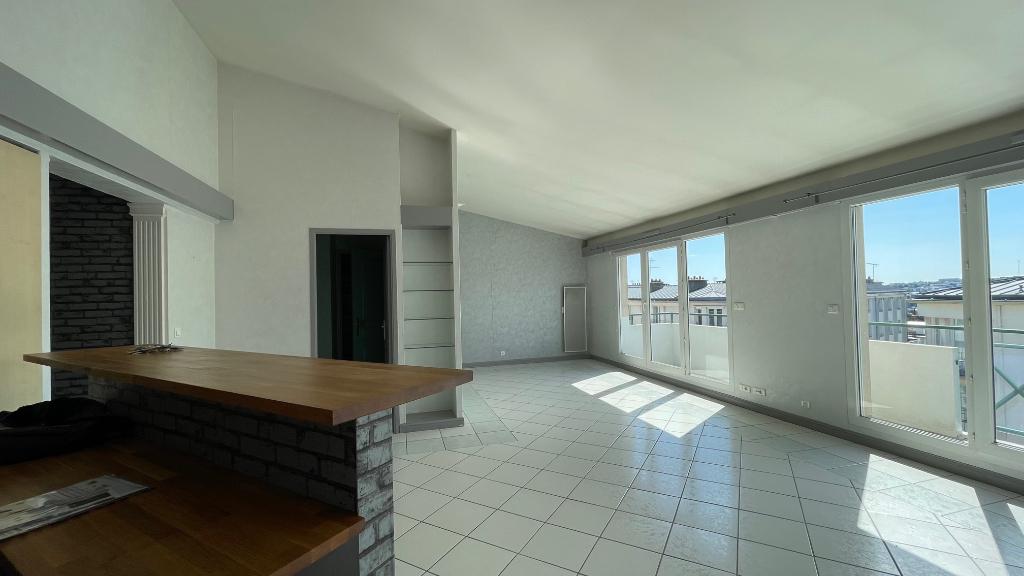 T3- ASCENSEUR + GARAGE - RUE GLASGOW - 74 m2