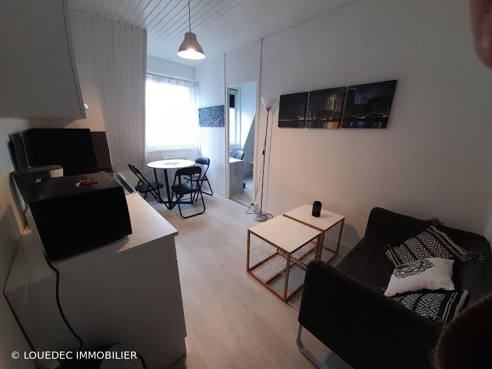 Quimper centre - studio meublé refait à neuf