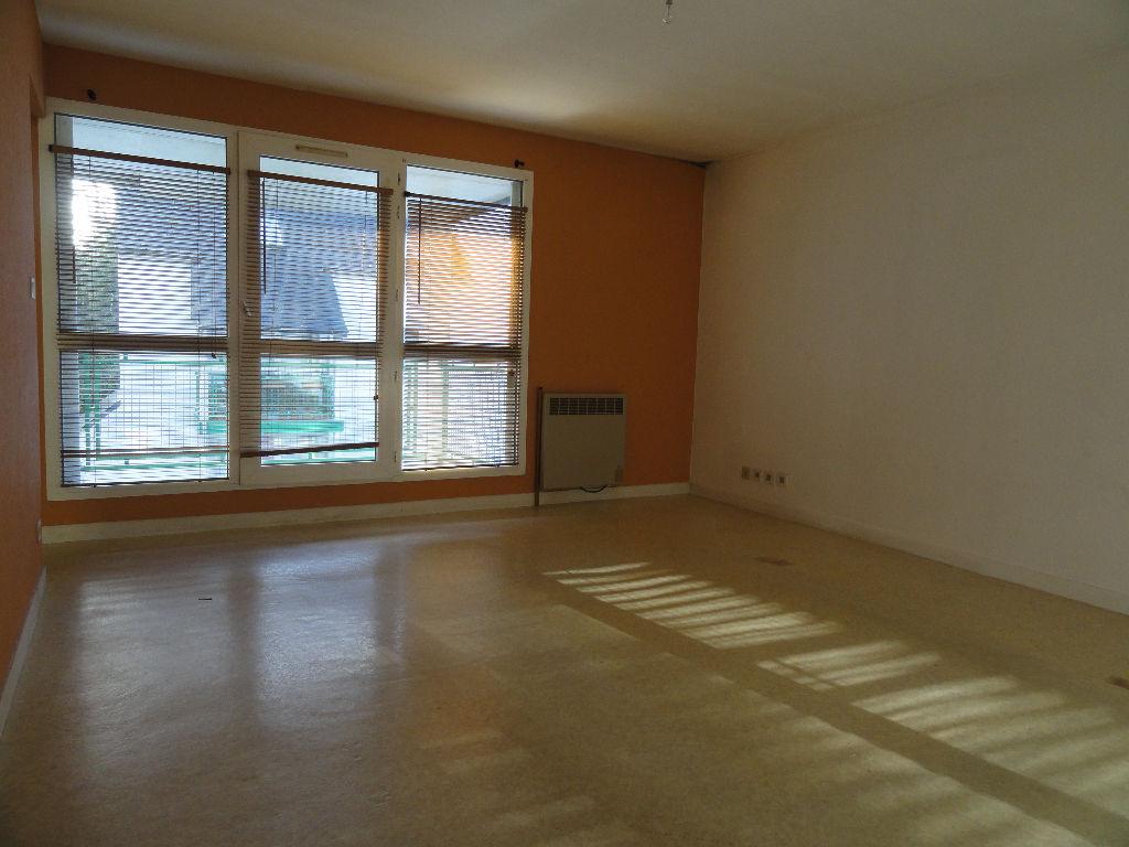 A VENDRE appartement Quimper 3 pièces 65.90 m2 env