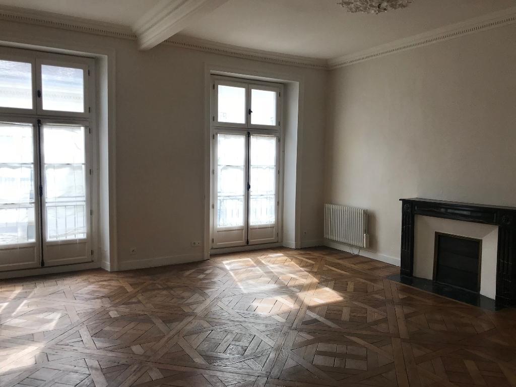 Appartement Nantes 3 pièce(s) 93.02 m2