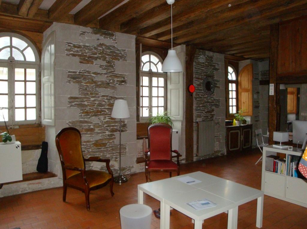 Appartement Nantes 2 pièce(s) 65.93 m2