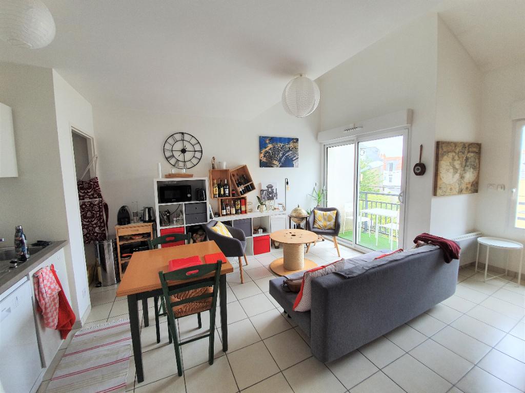 Nantes zola t3 duplex balcon