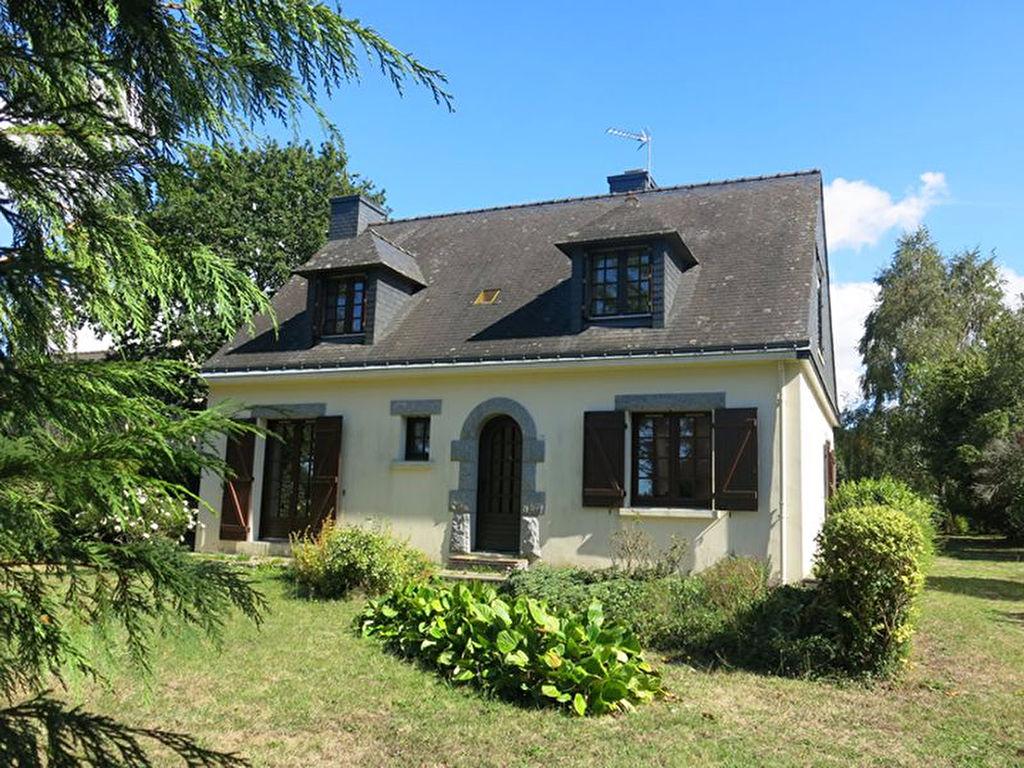 CAMOEL 56 Maison à vendre de 117 m² habitables, 6 pièces, dépendances sur un terrain de 1883 m², au calme et à seulement 10 minutes des plages de PENESTIN