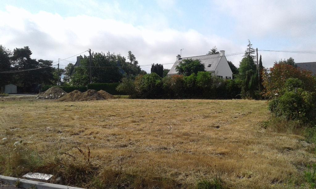 LA ROCHE BERNARD - NIVILLAC, TERRAIN A BATIR AVEC TOUT A L'EGOUT