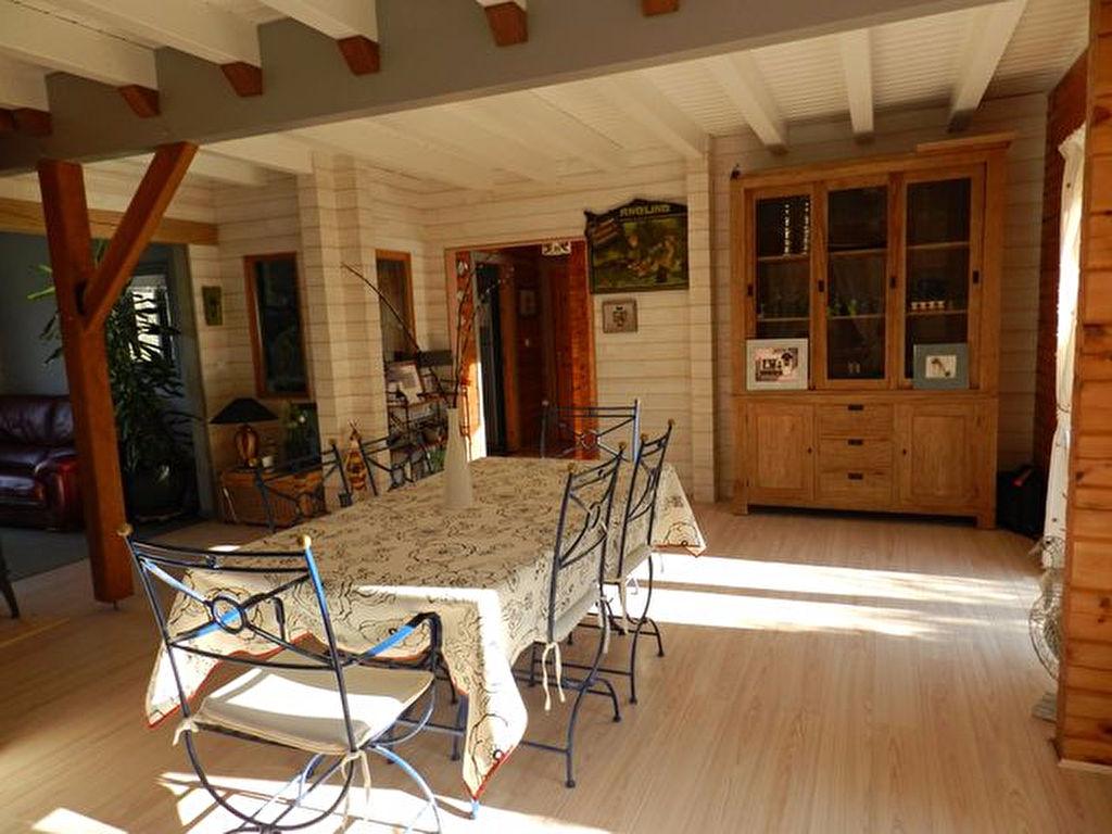 Maison en bois de 140 m² à vendre proche des commerces 56130 FEREL MORBIHAN