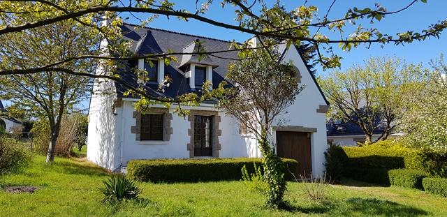 Maison traditionnelle à vendre 56760 PENESTIN, au calme, à 1,5 km des commerces MORBIHAN SUD
