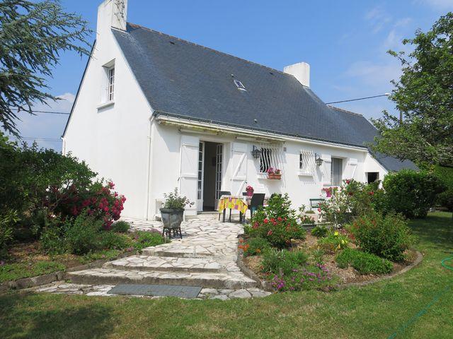Maison traditionnelle 3 chambres à vendre PENESTIN 56760 au calme, quartier résidentiel BRETAGNE SUD