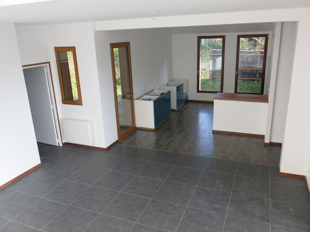 Maison à louer sur Camoel 4 pièce(s) , 10 minutes de la voie rapide