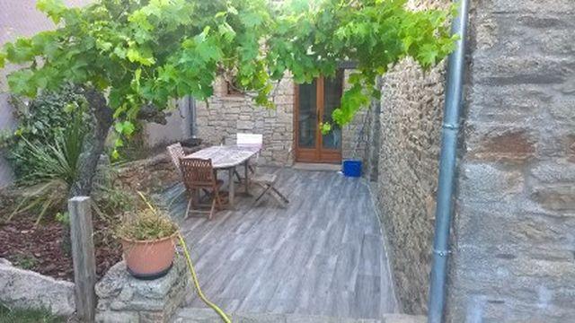 Maison en pierres entièrement restaurée à vendre 56130 FEREL proche Vilaine au calme d'un hameau