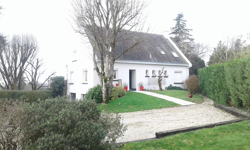 LA ROCHE BERNARD-NIVILLAC, GRANDE MAISON FAMILIALE OU PLACEMENT LOCATIF, BRETAGNE SUD