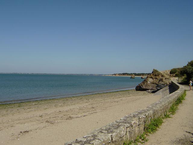 A 2 pas de la plage terrain entièrement viabilisé de 501 m² proche club nautique PENESTIN 56760 MORBIHAN SUD