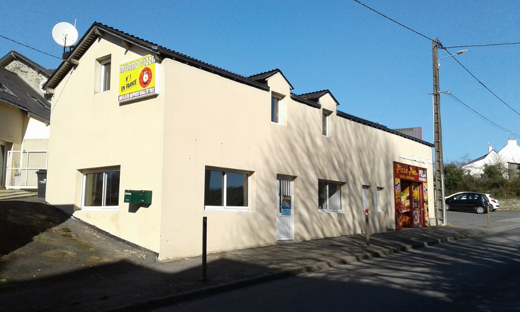 LA ROCHE BERNARD - NIVILLAC, MAISON + LOCAL COMMERCIAL AVEC 2 PLACES DE PARKING, BRETAGNE SUD