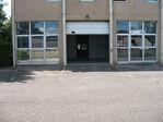 A louer bureaux de 105 M² dans Parc d'Affaires sur Saint Nom la Bretèche entre Versailles et Saint Germain en Laye ascenseur locaux refaits à neuf. Loyer 3 150,00 € HT et HC par trimestre. A été loué par l'intermédiaire de IMMOBILIERE PACQUET