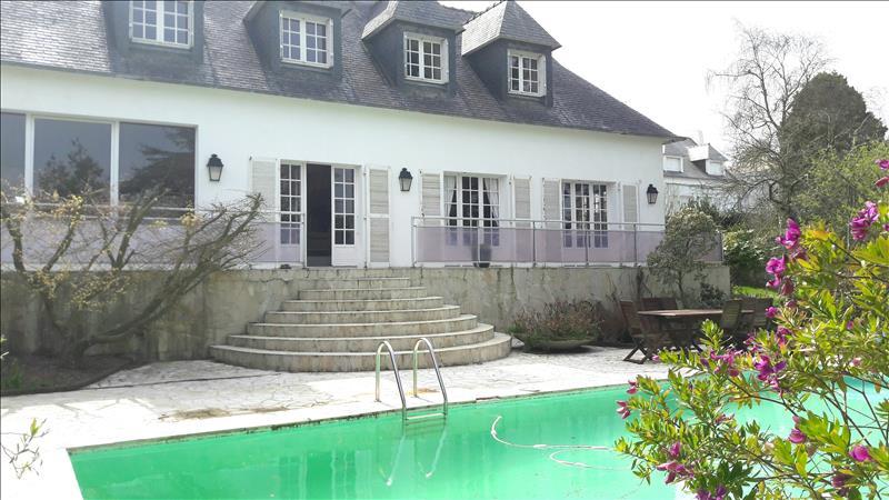 Maison a vendre 29217 plougonvelin 7 pi ces 220 m for Piscine plougonvelin