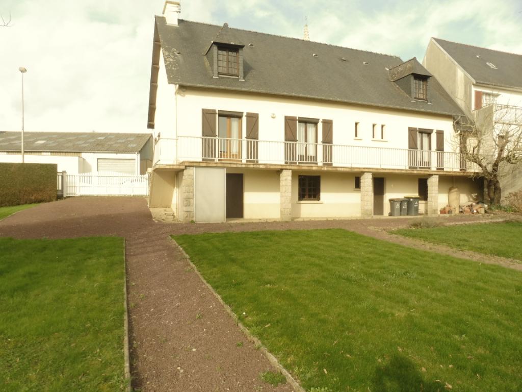A VENDRE MAISON GUIPRY-MESSAC 35480 ILLE ET VILAINE BRETAGNE Maison Guipry-messac 5 pièce(s) 117 m2