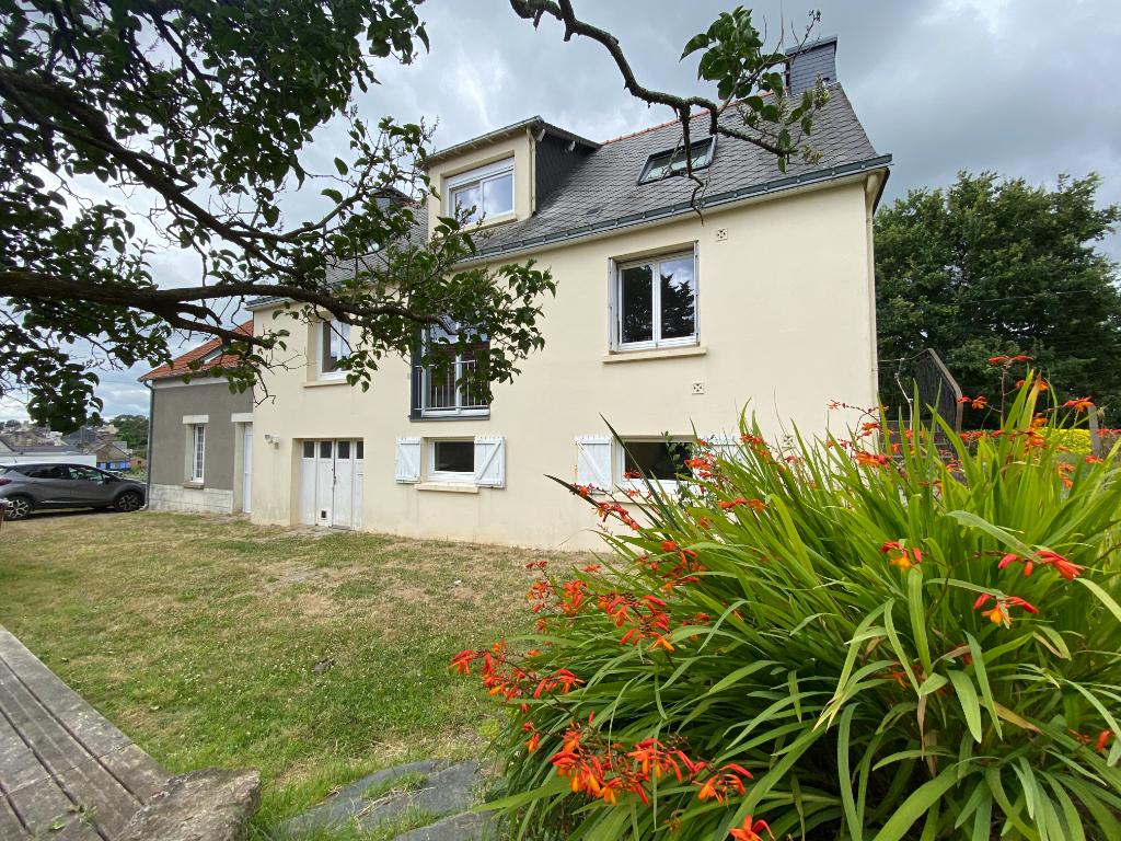 Maison Saint Jean La Poterie 5 pièce(s) 141.95 m2