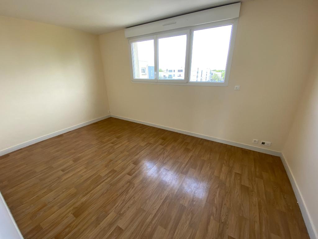 A VENDRE Appartement de Type T3 env 53 M² Quartier Cleunay - Rennes - ILLE ET VILAINE - BRETAGNE