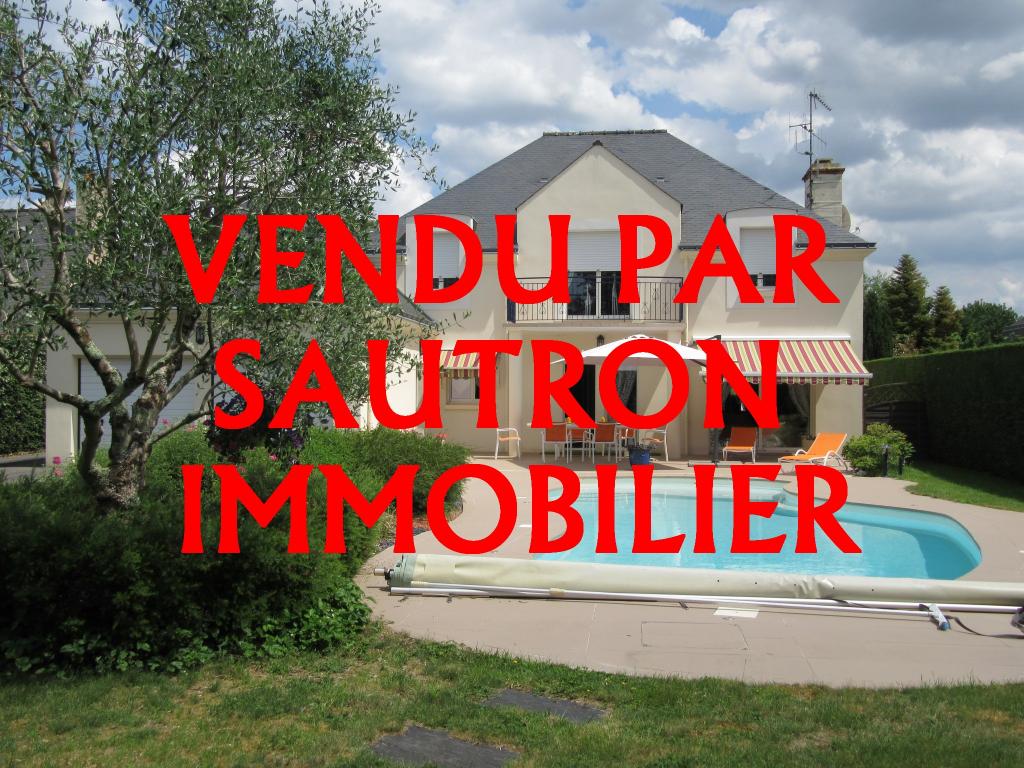 Maison Sautron 7 pièce(s) 205 m2