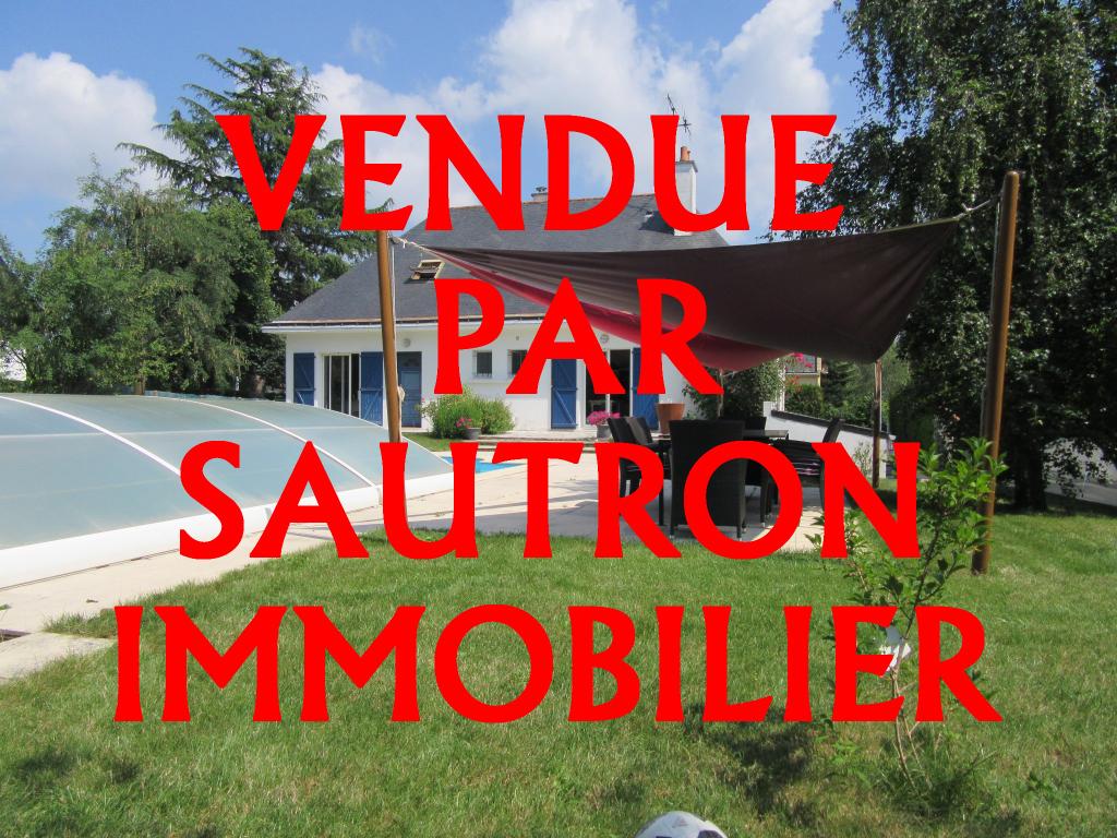 Maison Sautron 8 pièce(s) 198 m2