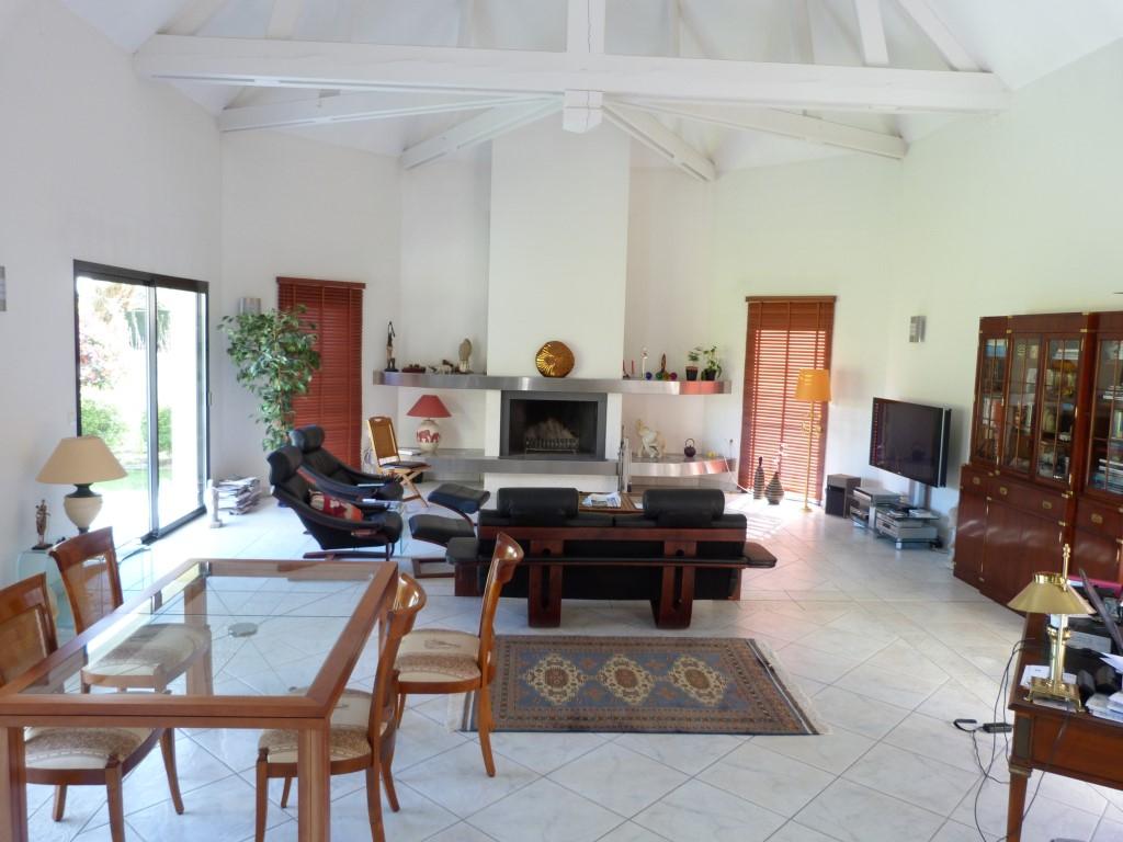 Maison Sautron 8 pièce(s) 205 m2