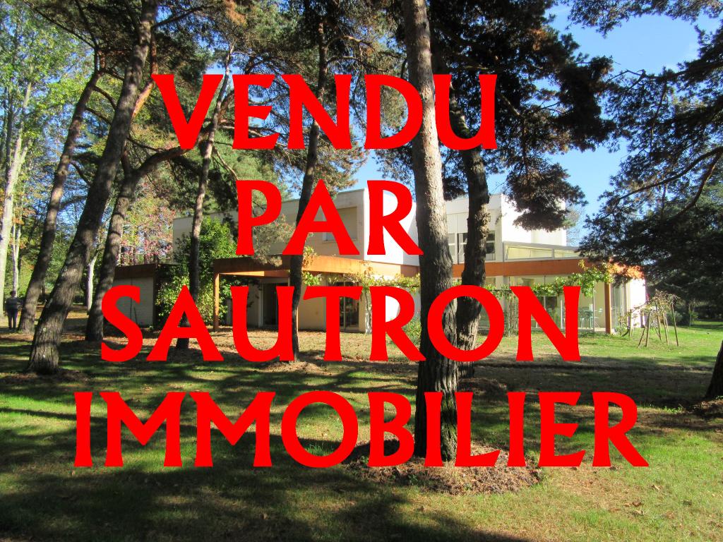Maison Sautron 7 pièce(s) 210 m2