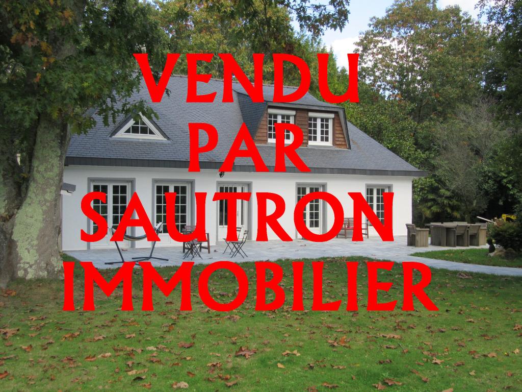 Maison Sautron 8 pièce(s) 148 m2
