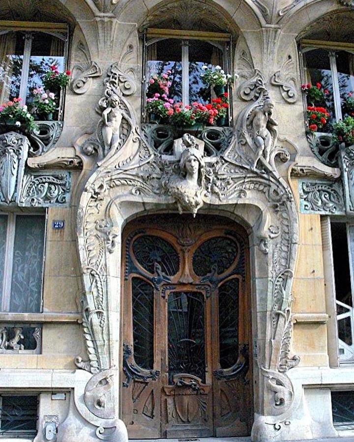 Visite guidée sur les pas d'Hector Guimard et l'Art Nouveau dans le quartier d'Auteuil
