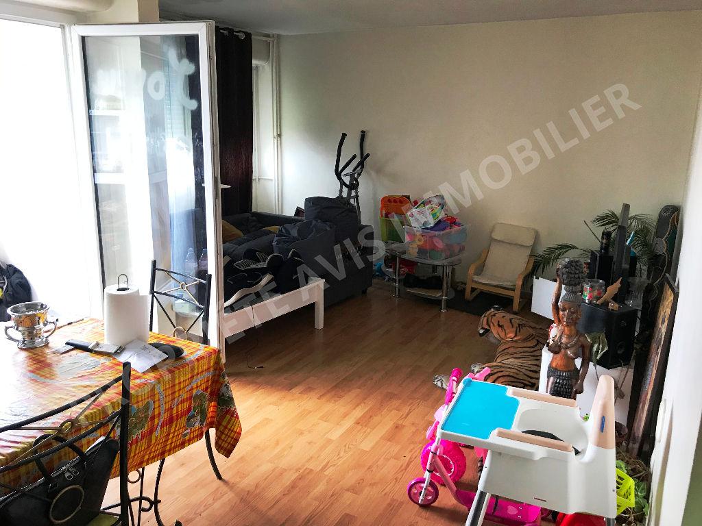 Appartement Pontoise 4 pièce(s) 83.66 m2 photo 1
