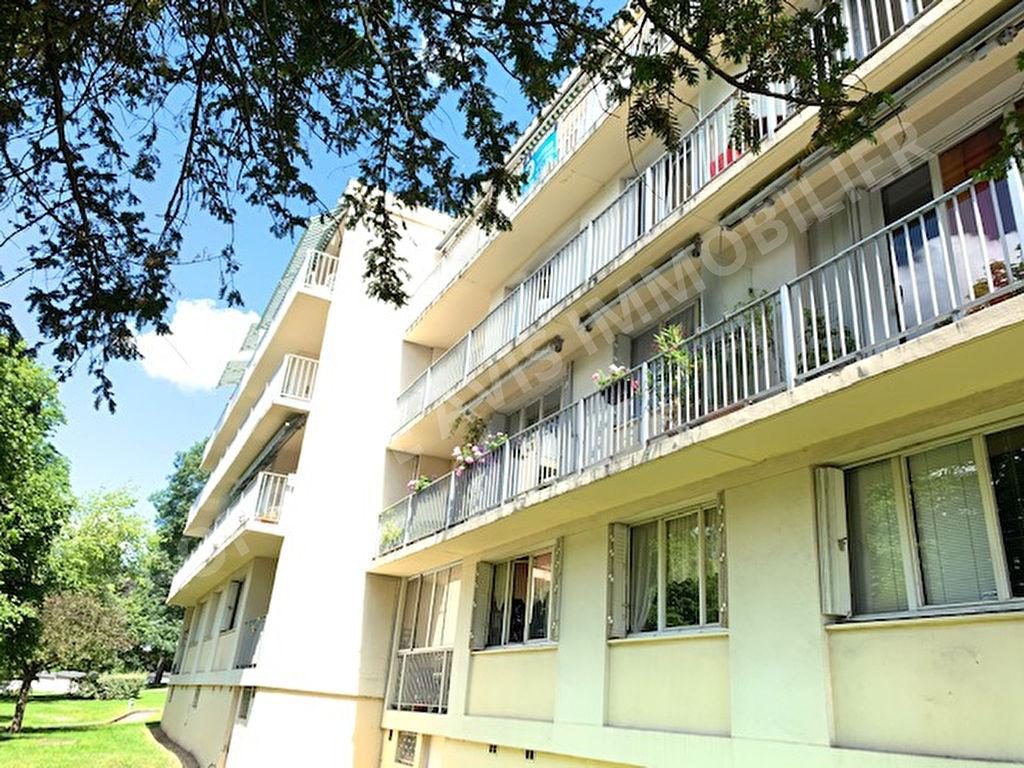 Appartement  4 pièce(s) 72m² photo 1
