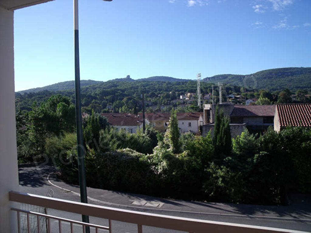 location Ansouis photo 1