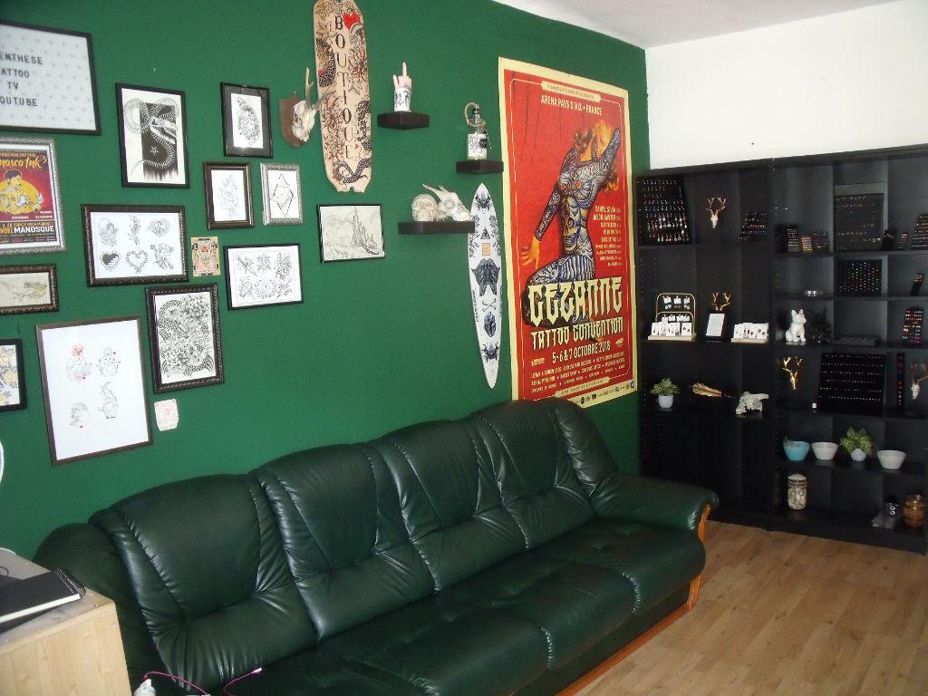 APT, MURS COMMERCIAUX  LOUES D'ENV  75 m² photo 2