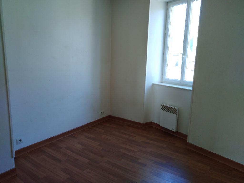 Appartement Dinan 2 pièce(s) 33 m2 photo 2