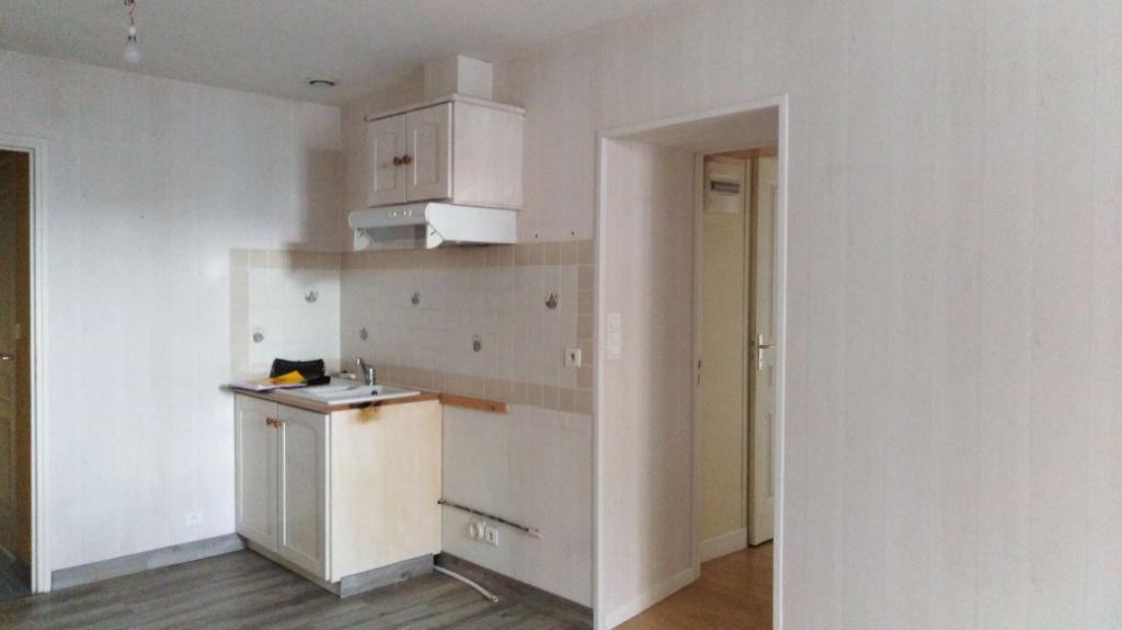 Dinan, centre-ville, appartement 3 pièces 55 m2 photo 2