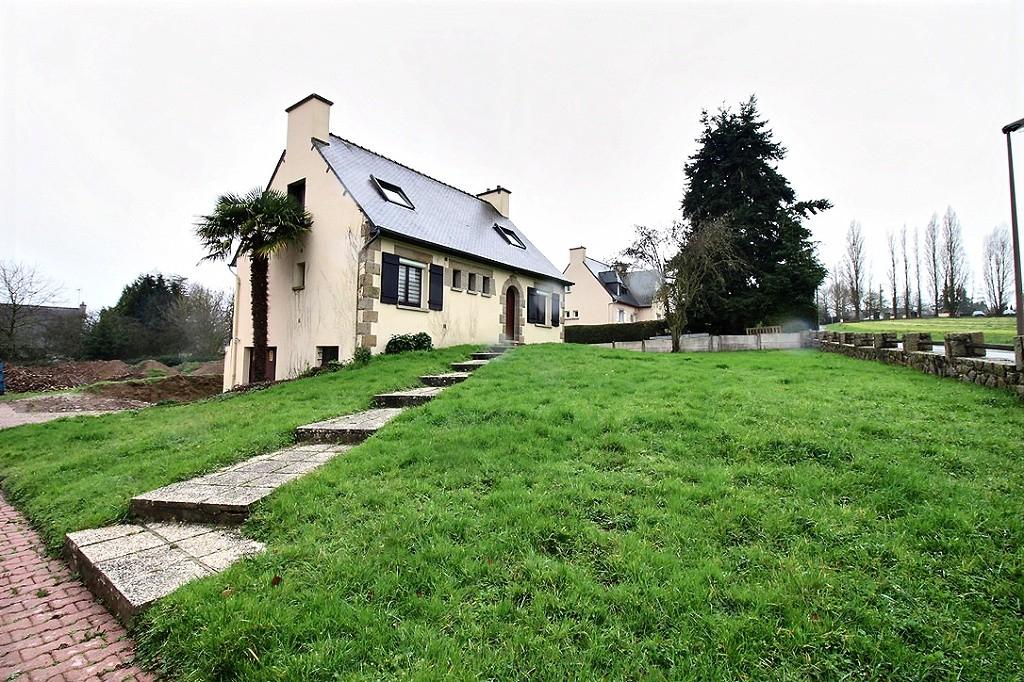 Taden 3 mn de Dinan Maison avec grand terrain à vendre photo 1