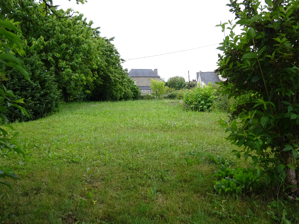 A vendre joli terrain constructible à 20 mn au Sud de Dinan photo 2