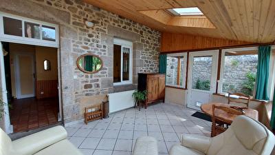 Nouveau bien immobilier à 22100 DINAN