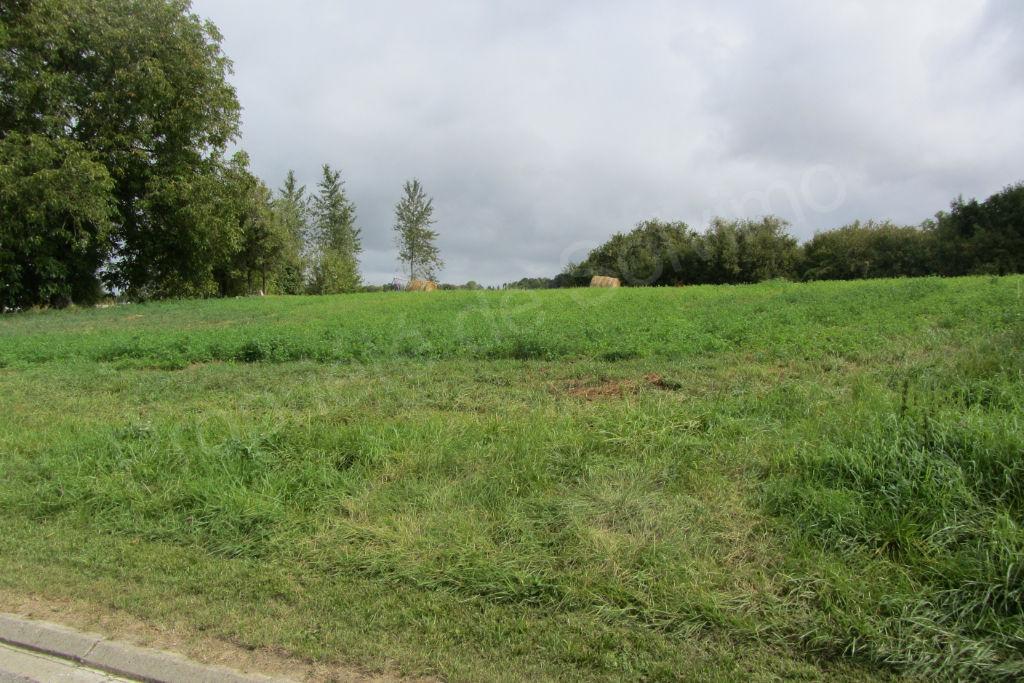 terrain 33696726 photo 2