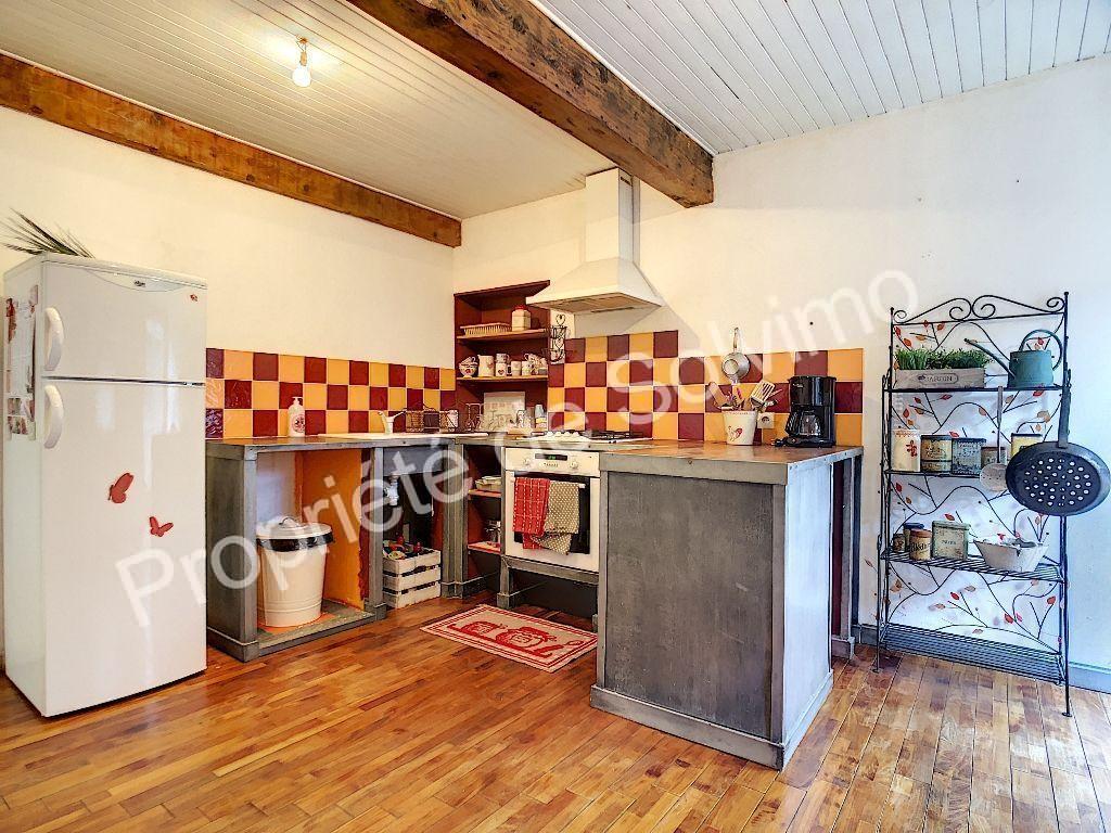 Maison Livron Sur Drome 7 pièce(s) 204 m2, terrasse. photo 2