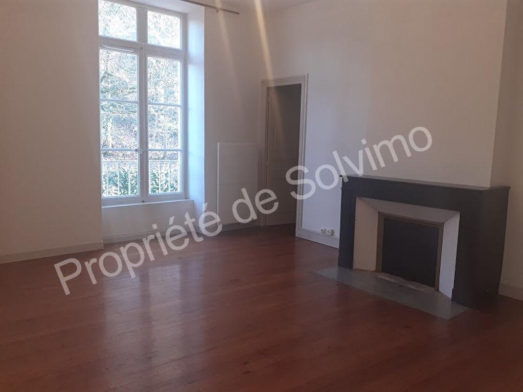 Appartement Grane 3 pièce(s) 90 m2 photo 1