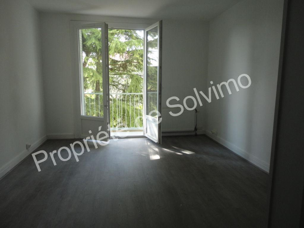 Appartement  T3 rénové de 60 m² avec garage et cave à Livron photo 1