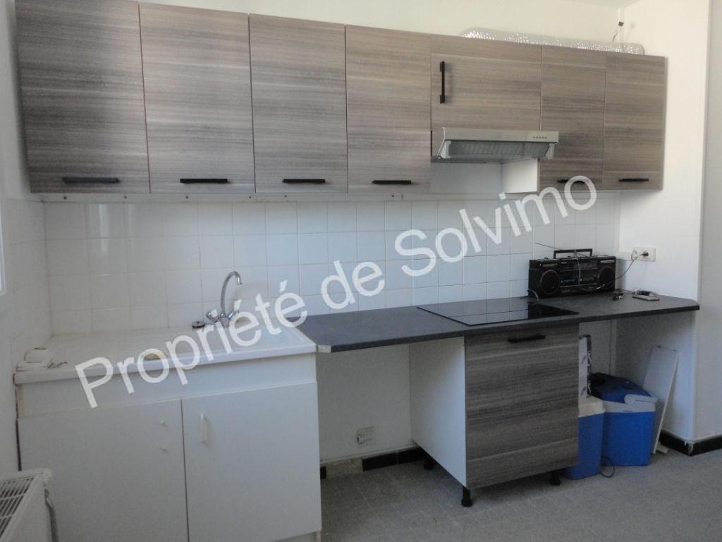 Appartement  T3 rénové de 60 m² avec garage et cave à Livron photo 2