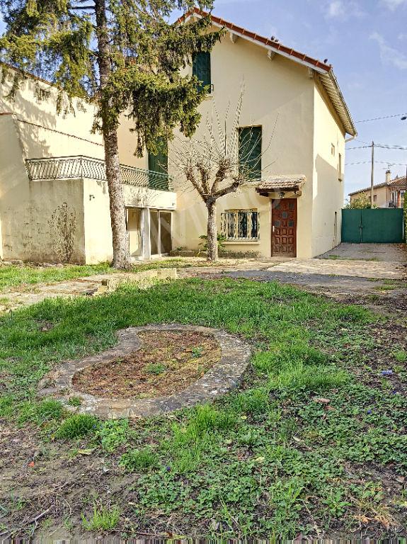 Maison  proche centre ville avec jardin photo 2