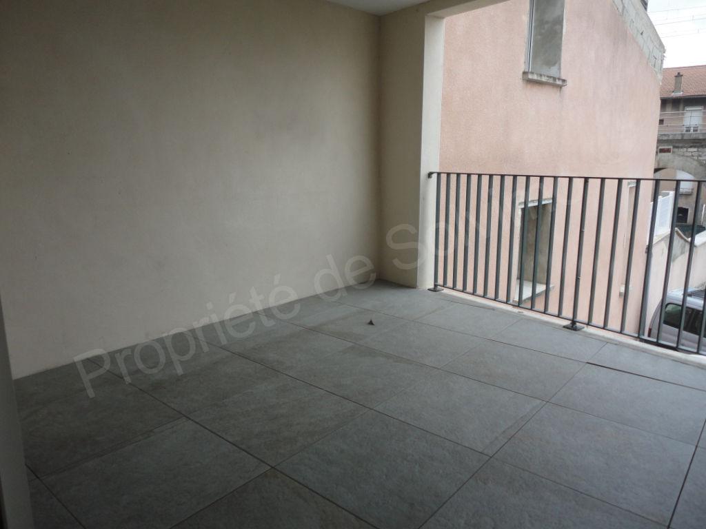 Maison de rue T6  avec terrasse Le Pouzin 151 m² photo 2